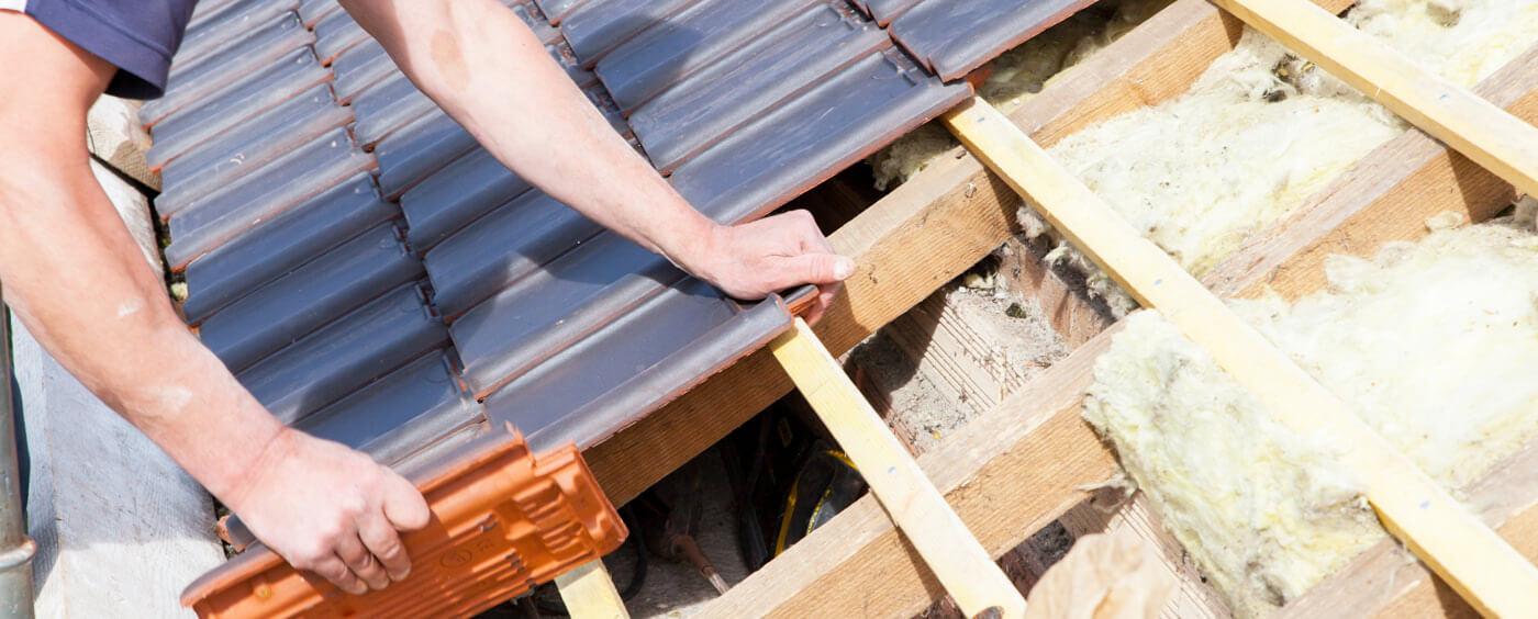 detail na opravu střechy