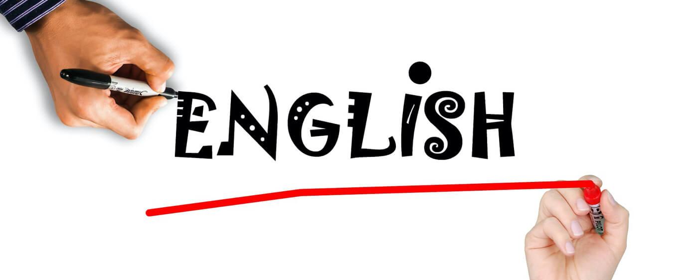 Dostupný advokát má nový anglický web i služby